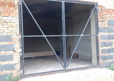 vrata Koubalova Lhota (1)